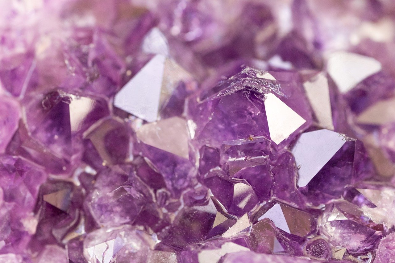 Crystal Healing What, Why, and How: Charging